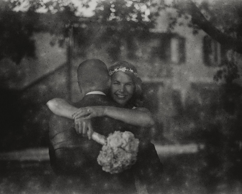 katona-tamas-fotos-eskuvoi-analog-fekete-feher-kepek-fotozasa-062